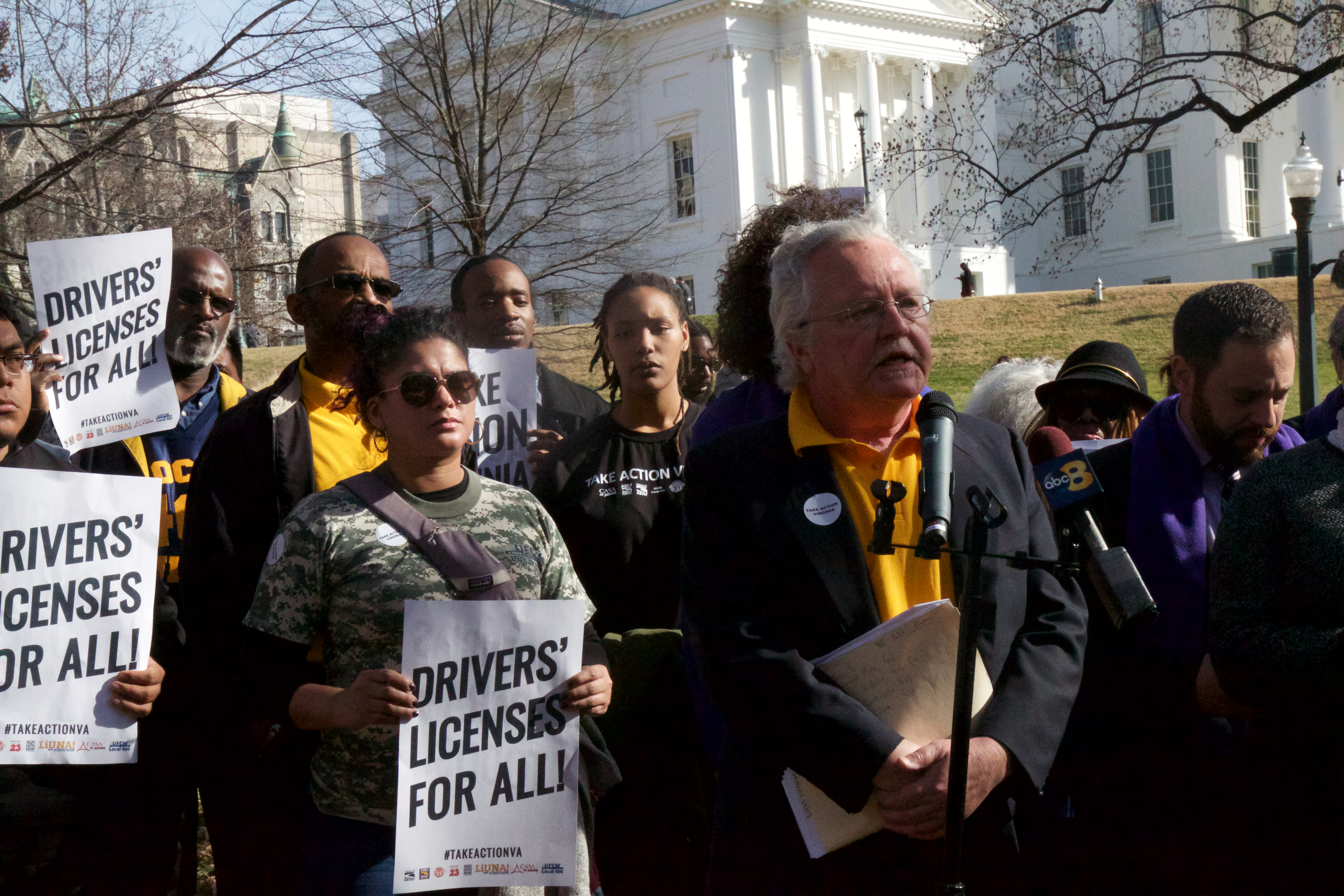 Virginia Elected Officials Rally With Local 400 to Demand Minimum Wage Increase for Working Families and Access to Drivers' Licenses for Immigrants