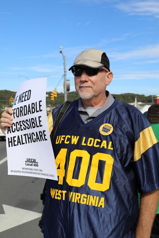 West Virginia Shop Steward Hosts His Own Union Meetings at Home