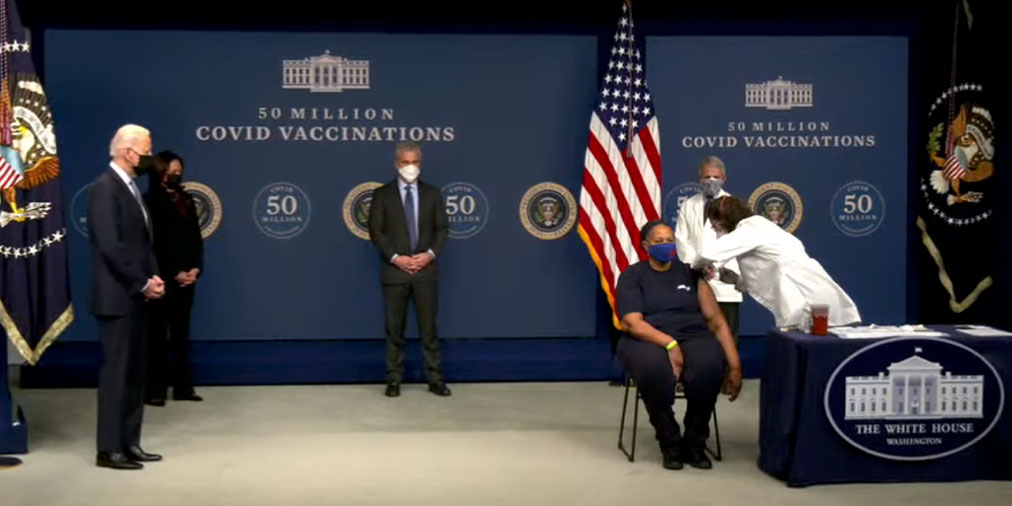 Safeway Union Member Receives COVID Vaccination at the White House